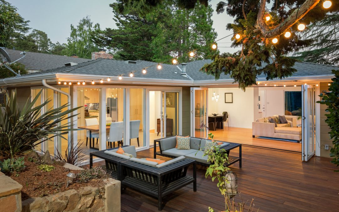 Build Your Dream Home: 10 Benefits of Custom Landscaping